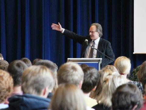 E - Prof. Dr. Arbogast Schmitt - 3